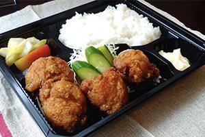 画像:鶏からあげ弁当